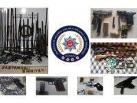 Kaçak silah satıcılarına yönelik operasyonda 1 kişi tutuklandı