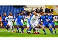 Süper Lig: Kasımpaşa: 1 - Alanyaspor: 2 (İlk yarı)