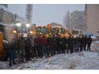 Hakkari Belediyesinden kar seferberliği