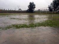 Sağanak yağış ve şiddetli fırtına Osmaniye'de futbol maçlarını olumsuz şekilde etkiledi