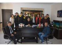 Bozyazı Anadolu Lisesi Voleybol Takımı şampiyon oldu