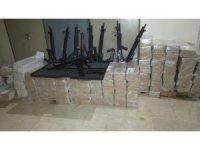 Polis kargoda 115 adet yivsiz av tüfeği ele geçirdi