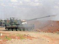 Afrin'deki PYD/PKK mevzilerine topçu atışı