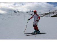 Olimpiyatlara Erciyes'te hazırlanıyor