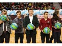 Denizli'de 5 bin öğrenciye karne hediyesi 5 bin basket topu
