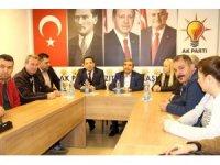 Taşkın, AK Parti Mezitli İlçe Başkanlığını ziyaret etti