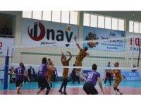 Voleybol Efeler Ligi: Jeopark Kula Belediyespor: 3 - Afyon Belediye Yüntaş: 0