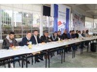 Ayvalık'ta Armutçuk Gençlik Spor Kulübünden kahvaltılı buluşma