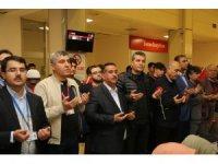 Şahinbey Belediyesi 147 öğrenciyi umreye uğurladı