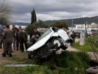 Kumluca'da trafik kazası: 2 yaralı