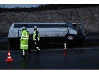 Beşiktaş taraftarını taşıyan otobüs devrildi: 8 yaralı