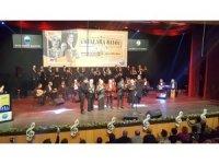 Türk Sanat Müziği'nin üç dev ismi 'Ustalara Saygı Gecesi'nde buluştu