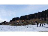 Ayder'de hafta sonu yapılacak Kardan Adam Şenliği için karın yağması bekleniyor