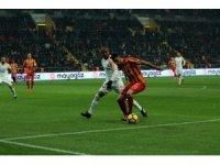 Süper Lig: Kayserispor: 1 - Galatasaray: 3 (Maç sonucu)