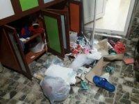 Eve giremeyen hırsızlar dışarıda bulunan malzemeleri talan etti