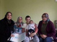 """AK Pari Odunpazarı İlçe Kadın Kolları'ndan """"Hoş Geldin Bebek"""" ziyaretleri"""