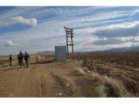 Yunak'ta sulama kooperatifine ait trafodan bakır kablolar çalındı
