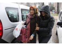FETÖ'den gözaltına alınan kadın adliyeye sevk edildi