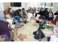 ADÜ'lü öğrenciler Aymelek Derneği'ni ziyaret etti