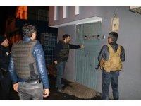 Adana'da terör propagandasına 9 gözaltı
