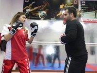 Nişanlısı ile çalıştı, girdiği ilk turnuvada Türkiye 3'üncüsü oldu