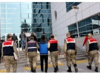 Rehin alınıp gasp edilen kişiyi jandarma ekipleri kurtardı