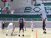 TB2L; Bornova Belediye Spor: 81 Bilecik Belediye Spor:67