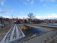 Hisarcık'ta yeni köprünün montajına başlandı
