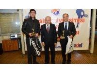 MEÜ Tenis Turnuvası'nda ödüller sahiplerini buldu
