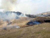 Erfelek'te anız yangını