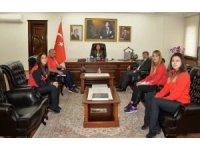 Yalova Valisi Tuğba Yılmaz, minderin sultanlarını ağırladı