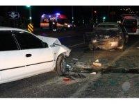 Elazığ'da zincirleme trafik kazası: 6 yaralı