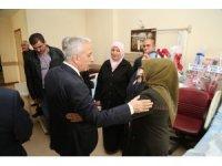 Vali Kamçı Afrin Gazisi Piyade Uzman Çavuş İsmail Şahin'i Ziyaret Etti