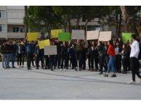 Söke'de gençler çocuk istismarcılarına idam istedi
