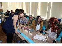 Yozgat'ta öğretmenlere otizm eğitimi semineri veriliyor