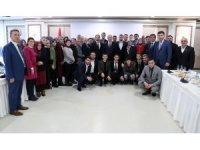Bakan Özlü Akçakoca ilçe teşkilatını kabul etti