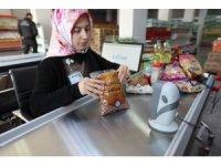 Sosyal Yardımlaşma Market'inden ayda 2 bin 900 kişi yararlanıyor