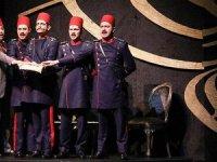 'Makedonya Gamzesi' ilk kez tiyatroseverlerle buluştu