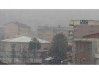 Hakkari'de kar ve sis etkili olmaya başladı