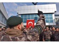 Erdoğan'a suikast düzenleyenleri yakalayan özel harekatçılar Afrin'e uğurlandı