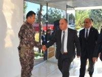 Jandarma Özel Harekat, operasyon bölgesine törenle uğurlandı