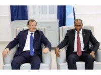 Başbakan Yardımcısı Çavuşoğlu, Somali Başbakanı Hayri ile görüştü