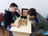 Vezirhan'da akıl ve zeka oyunları sınıfları açıldı