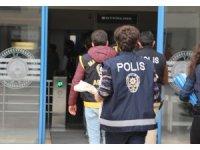 Marmaris'ta hırsızlık zanlısı polisten kaçamadı