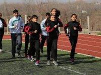 Köy çocuklarının atletizm başarısı
