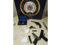 Bursa'da uyuşturucu baskınında 5 gözaltı