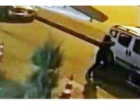 Otomobilden hırsızlık kamerada
