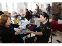 Bilecik İl Jandarma Komutanlığı personelinden toplu kan bağışı