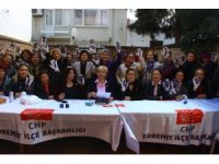 Edremit'te CHP'li bayanlar çocuk istismarına dikkat çekti