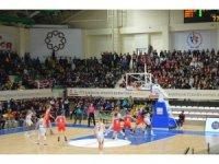 PTT Kadınlar Türkiye Kupası: Yakın Doğu Üniversitesi: 79 - Botaş: 63
